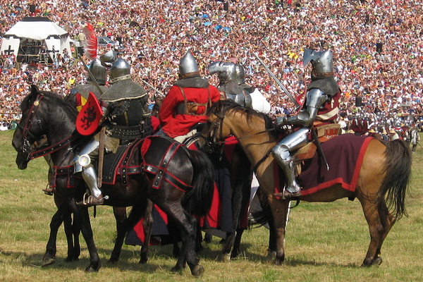 historyczne stroje konne