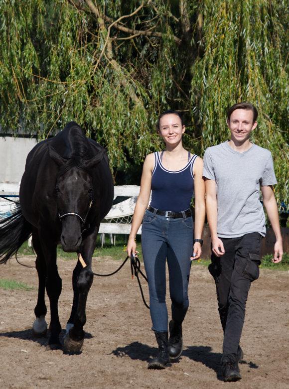 spacer z koniem