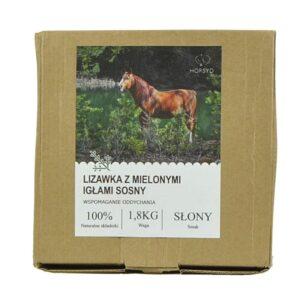 Naturalna lizawka dla koni z mielonymi igłami sosny - poprawia oddychanie